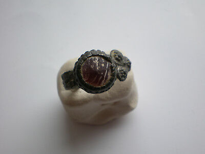 VERY Rare Roman-Ancient-Antique-ROMAN-LEGIONARY-Bronze-RING and Red STONE