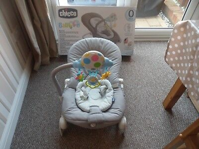 Chicco Grey Balloon Low Chair/ Baby Bouncer/ Vibrating Chair - Boxed