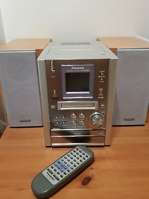 Panasonic MD CD Stereo System SA-PM37MD with remote. Silver (blue light)