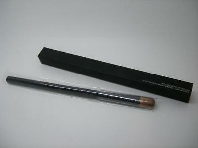 Nars #40 Eyeshadow Brush, Tapered Bristles For Eye Shadow Application, Full Size
