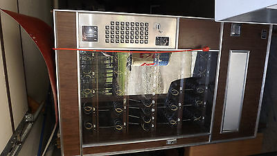 Vintage 1980's VENDING MACHINE  LARGE SIZE   Takes COINS ONLY  Lektro Vend 224