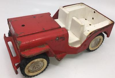 VIntage TONKA Jeep Red Fire Pumper #425 1960s Pressed Steal Truck USA