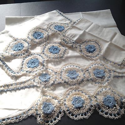 MINT Heirloom PILLOW CASES & SCARVES Tatted~Tatting Blue & White Lace Rosettes
