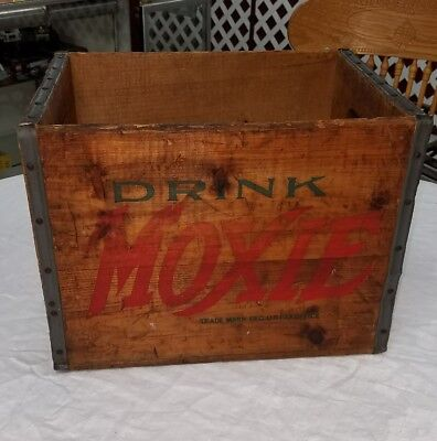 Drink MOXIE The Moxie Company Casco Portland Maine  Advertising Soda Crate Box
