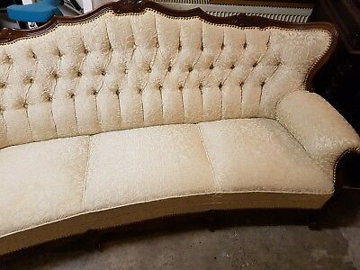 Antik Couch