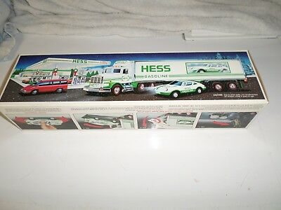 1992 Hess 18 Wheeler Truck and Racer ~ New in Box!