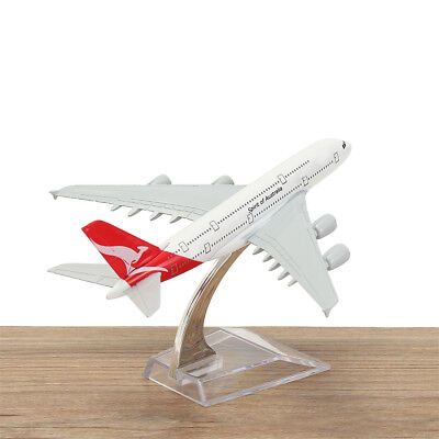Mini Aircraft Metal Plane Model Diecast Airlines Aeroplane Scale Desk Toy 1/400