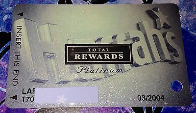 Harrah's Casino Total Rewards Platinum Players Club Slot Card Collectible