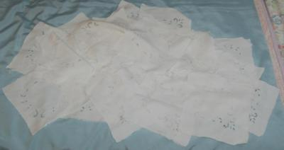 30 Vintage Cream Linen Hand Embroidered Squares Outworkers Samples Craft c1930s