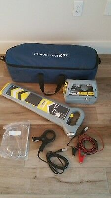 "Radiodetection Cat4+ scanner With Genny4 and all cables ""Mint Condition"""