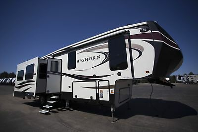 Bighorn 3010RE 5th Wheel Rear Living RV Camper King Bed Only One In Stock