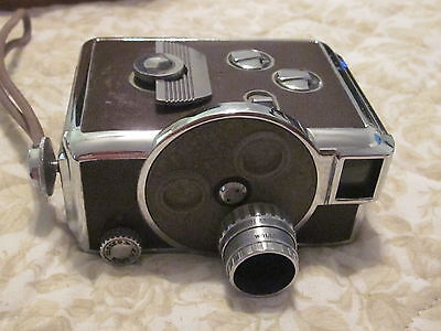 Vintage   Revere  8  Magazine  Turret    Movie   Camera