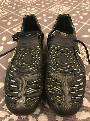 NIKE T90 Total Ninety Football Boots Size 10 FG
