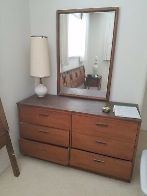 Lane 1960's swanky furniture dresser with attached mirror