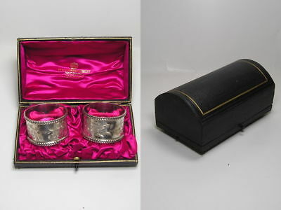 c1904 Martin Hall & Co Boxed Pair of Silver Napkin Rings Engraved Letter M or W