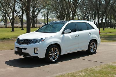 Kia Sorento SX Limited V6  Perfect Carfax 2 Owner Perfect Carfax Heated and Cooled Seats Navigation Panoroof Chrome Wheels