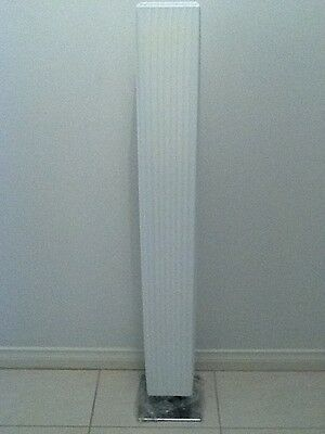 New White Pleated Floor Stand Light