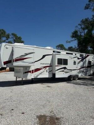 2009 KZ INFERNO 4012 TOY HAULER RV Fifth Wheel- Fort Myers, Florida