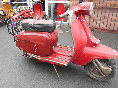 Lambretta Innocenti Italian S3 TV 175 For Restoration Very Straight
