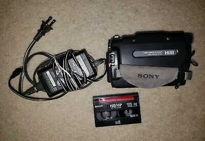 Sony Handycam CCD-TRV138 HI 8 Video camera Recorder w Cassette Tested WorksGreat