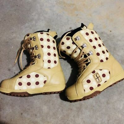 New Forum snowboard snow boots ladies shoes size 6
