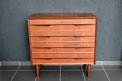 60er jahre teak kommode chest of drawers 60 39 s made in. Black Bedroom Furniture Sets. Home Design Ideas