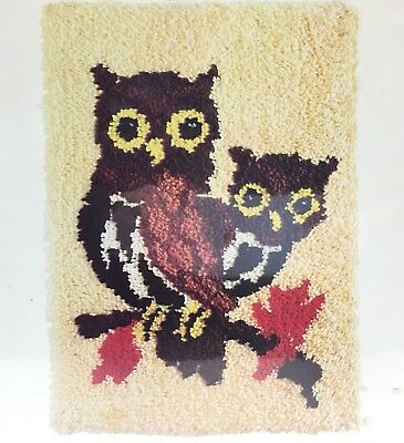 Two OWLS on Branch Latch Hook Rug Kit Wall Hanging 20 x 27 Vintage 70's New