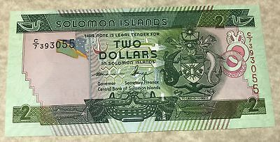 Solomon Islands 2004 $2 Dollars Banknote P-25 with Green Sea Turtles