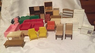 Lot Of 32 Pieces Vintage Doll House Furniture Renwal Superior Marx Various  Rooms