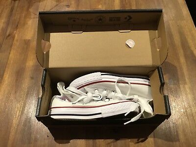 Converse Kids Youth Size 11 Unisex Chuck Taylor White All Stars