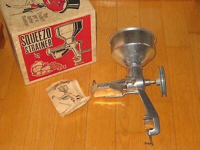 Squeezo Strainer 400-TS FOR CANNING Juice Jelly Jam Sauce & More (K616)