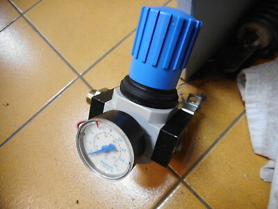FESTO REGULATOR -- LR-D-MINI and PRESSURE GAUGE -- 159581