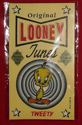 "New 1993 TWEETY Warner Bro Looney Tunes Pin Sealed ""I Tawt I Taw A Puddy Tat"""