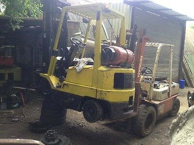 Forklift trucks bought sold any make any model .Repairs ,hire , transport .
