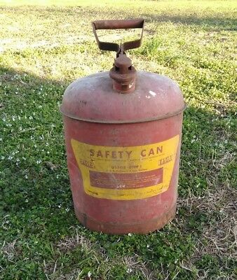 VINTAGE EAGLE SAFETY GAS CAN - 5 GALLON US- STEEL CAN Red and yellow