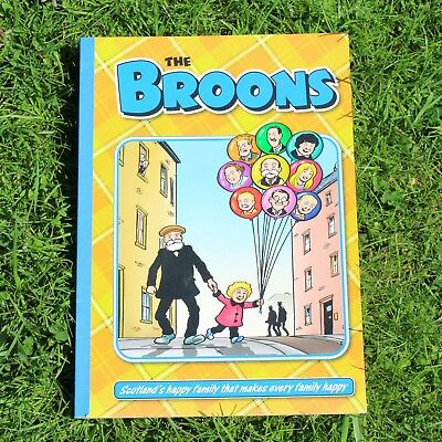 Collection of Oor Wullie and The Broons Books (6 books) - all in good condtion