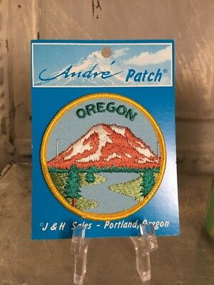 Vintage Embroidered Patch Badge Souvenir Travel State OREGON Round New Old Stock