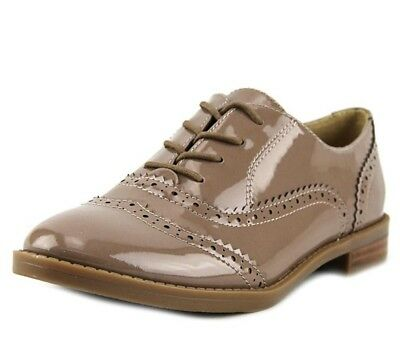 caa72481686 FRANCO SARTO Womens  Imagine  Taupe Patent Leather Wingtip Oxfords Sz ...