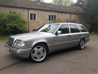 Mercedes W124 E220 Estate - 1994 - 1 previous owner from new !!