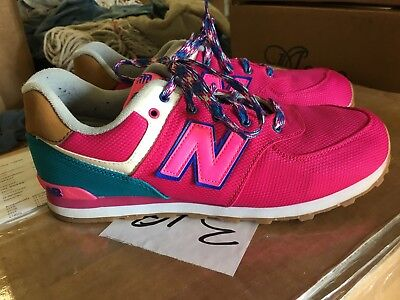 fb91c1ff474 New Balance 574 Women s Size US 7 Athletic Shoes in Great Condition! Pink