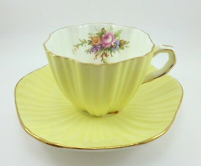 Ruffled Pale Yellow Foley Tea Cup and Saucer Flowers