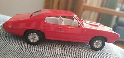 Ertl 1968 Pontiac GTO RED 1:43? Scale Loose Die cast No. 15 in Vintage Series