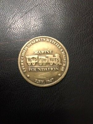 USMC United States Marine Corps Toys For Tots Coin, Train On Back, Semper Fi!!!