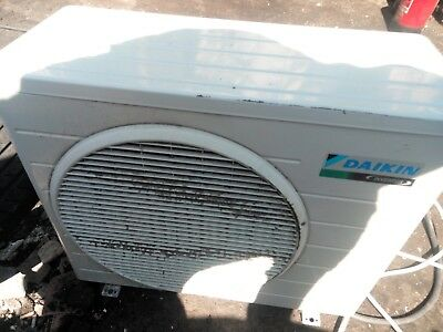 Daikin Inverter Air Conditioning Unit