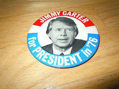 JIMMY CARTER FOR PRESIDENT IN '76 BUTTON with PICTURE OF CARTER