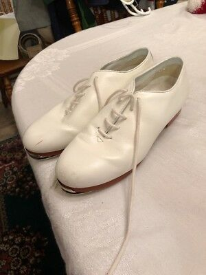Stevens Stompers Dance Class Clogging Leather Tap Shoes Woman's sz. 7.5, White