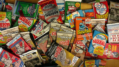 Huge Lot of 50 MLB Baseball Cards In New Old Vintage Unopened Wax Cello Packs