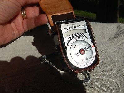 Vintage Walz Coronet B Light Meter with original leather case