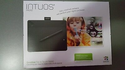 NEW Wacom Intuos PHOTO CTH-490 Small Creative Pen & Touch Tablet Under Warranty
