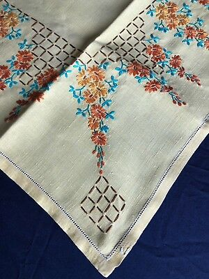 Pretty Vintage Hand Embroidered Yellow Irish Linen Floral Tablecloth Gorgeous